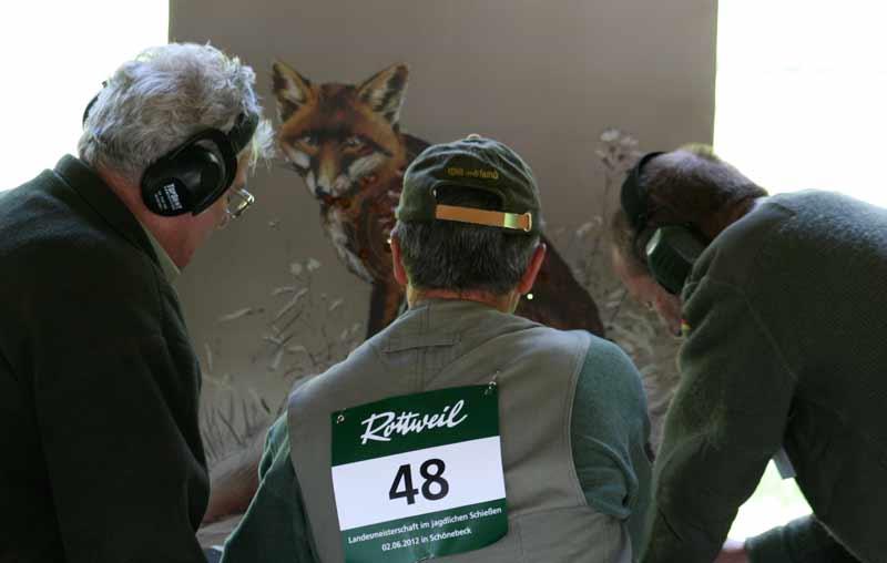 Schützen bei den Landesmeisterschaften im jagdlichen Schießen 2012